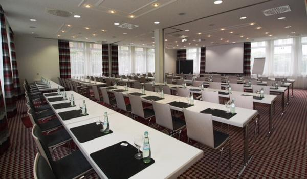 Tagungsraum Heathrow im Holiday Inn Frankfurt Airport - Neu-Isenburg